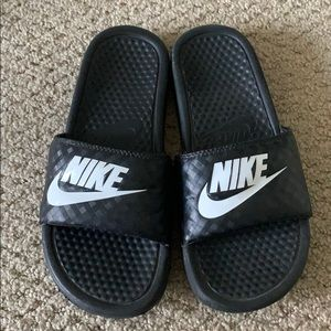 Women's Nike slides size 7.5
